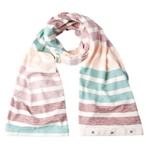 NWT Lululemon vinayasa scarf